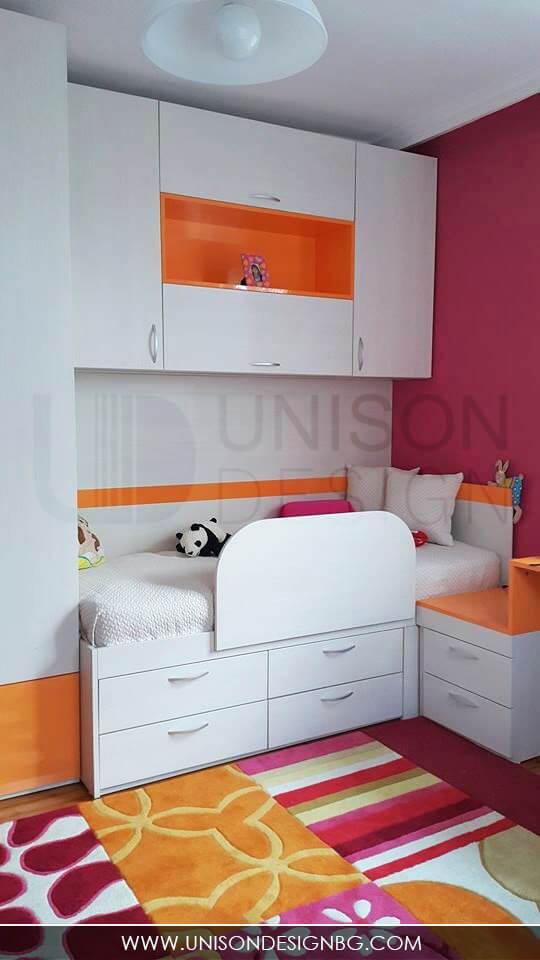 детска-стая-момичета-малинова-оранжева-обзавеждане-реализация-интериорен-дизайн-мебели-по-поръчка-detska-staq-obzavejdane-momicheta-unison-design